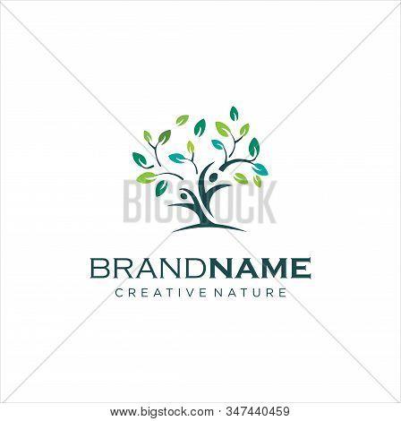 Human Tree Logo Design. Healthy People Tree Logo. People Tree Logo Stock Vector. Illustration Of Hum