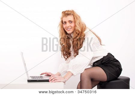 Young Blond Hair Business Woman Whith Laptop