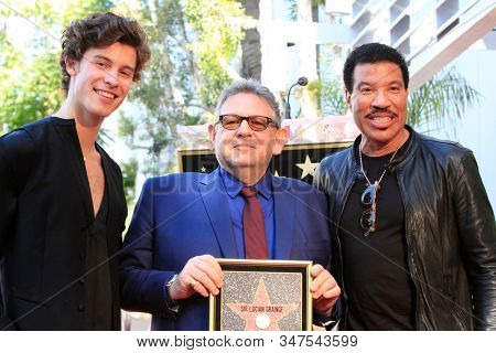 LOS ANGELES - JAN 23:  Shawn Mendes, Lucian Grainge, Lionel Richie at the Sir Lucian Grange Star Ceremony on the Hollywood Walk of Fame on JANUARY 23, 2019 in Los Angeles, CA
