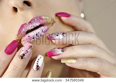 Creative Lip Makeup And Trendy Nail Art Manicure With Rhinestones.matte Nail Design With A Gradient