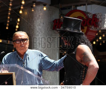 LOS ANGELES - JUL 9:  Robert Evans, Slash at the Hollywood Walk of Fame Ceremony for Slash at Hard Rock Cafe at Hollywood & Highland on July 9, 2012 in Los Angeles, CA