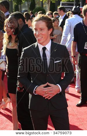 LOS ANGELES - JUL 11:  Shaun White arrives at the 2012 ESPY Awards at Nokia Theater at LA Live on July 11, 2012 in Los Angeles, CA