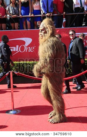 LOS ANGELES - JUL 11:  Sasquatch arrives at the 2012 ESPY Awards at Nokia Theater at LA Live on July 11, 2012 in Los Angeles, CA