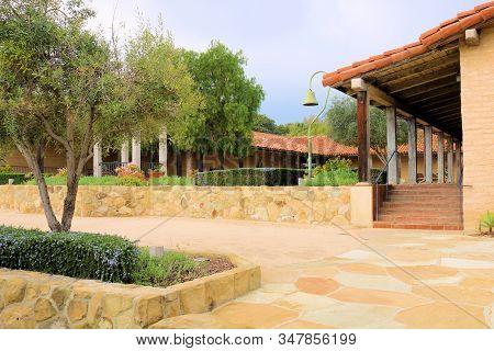 January 25, 2020 In Santa  Barbara, Ca:  Historic Adobe Pueblo Building Including A Large Courtyard