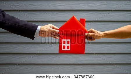 Images For Use In The Concept Of Home Buyers, House Sellers, Tenants, Home Guarantors, Home Mortgage