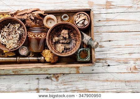 Alternative Medicine Herbal