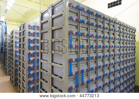 Industrial backup power system consisting of many batteries.