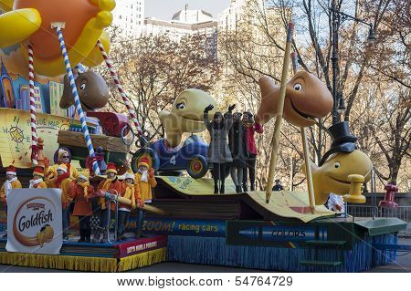 Fifth Harmony band on Goldfish Float in 2013 Macy's Parade