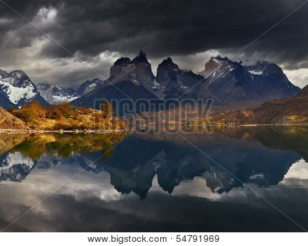 Sunrise in Torres del Paine National Park, Lake Pehoe and Cuernos mountains, Patagonia, Chile poster