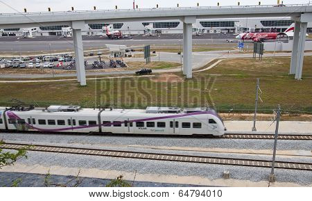 KLIA Express at KLIA2, Sepang