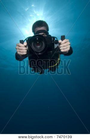Underwater Videographer/camerman