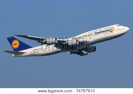 Lufthansa Boeing 747-8 Siegerflieger Jumbo Jet