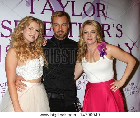 LOS ANGELES - OCT 25:  Taylor Spreitler, Joey Lawrence, Melissa Joan Hart at the Taylor Spreitler's 21st Birthday Party at the CBS Radford Studios on October 25, 2014 in Studio City, CA
