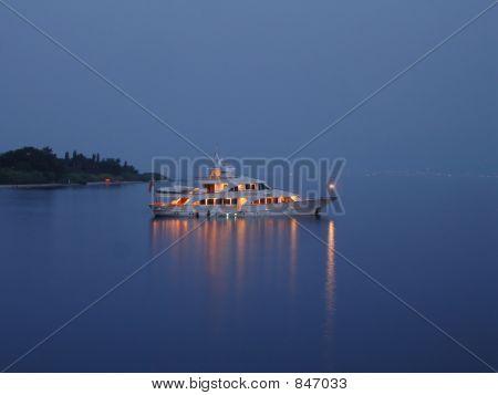 Night trip boat
