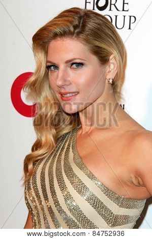 LOS ANGELES - FEB 22:  Katheryn Winnick at the Elton John Oscar Party 2015 at the City Of West Hollywood Park on February 22, 2015 in West Hollywood, CA