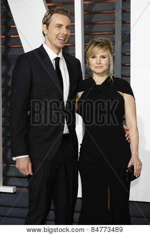 LOS ANGELES - FEB 22:  Dax Shepard, Kristen Bell at the Vanity Fair Oscar Party 2015 at the Wallis Annenberg Center for the Performing Arts on February 22, 2015 in Beverly Hills, CA