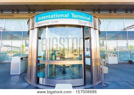 Revolving Door International Departure Level H
