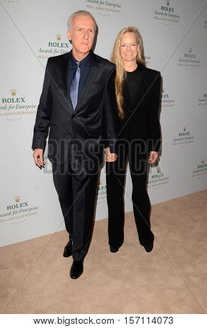 LOS ANGELES - NOV 15:  James Cameron, Suzy Amis at the 40th Anniversary of the Rolex Awards for Enterprise at Dolby Theater on November 15, 2016 in Los Angeles, CA
