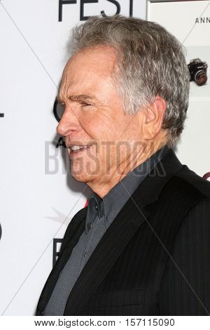 LOS ANGELES - NOV 16:  Warren Beatty at the A Tribute To Annette Bening And Gala Screening of