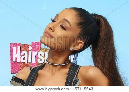 LOS ANGELES - NOV 16:  Ariana Grande at the