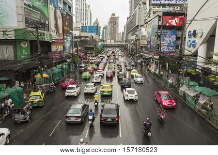 BANGKOK THAILAND - OCT 2 : traffic on Petchaburi Road in rainning day in Pratunam area on october 2 2016 thailand.