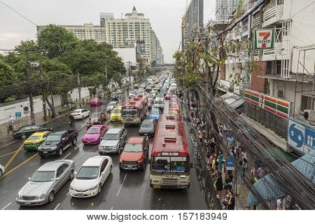 BANGKOK THAILAND - OCT 2 : public transport service in rainning day in Pratunam area on october 2 2016 thailand.