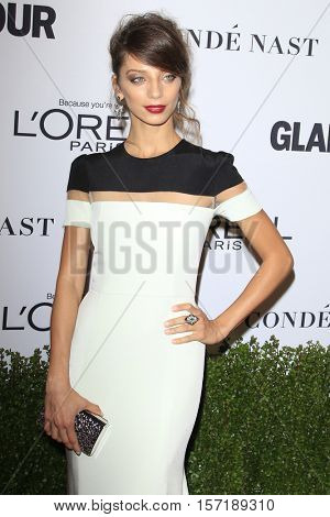 LOS ANGELES - NOV 14:  Angela Sarafyan at the Glamour Women Of The Year 2016 at NeueHouse Hollywood on November 14, 2016 in Los Angeles, CA