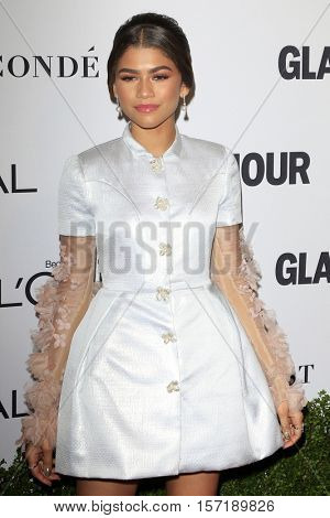 LOS ANGELES - NOV 14:  Zendaya Coleman at the Glamour Women Of The Year 2016 at NeueHouse Hollywood on November 14, 2016 in Los Angeles, CA