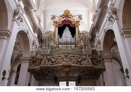 DUBROVNIK, CROATIA - DECEMBER 01: Majestic old organ in Dubrovnik cathedral, Croatia on December 01, 2015.