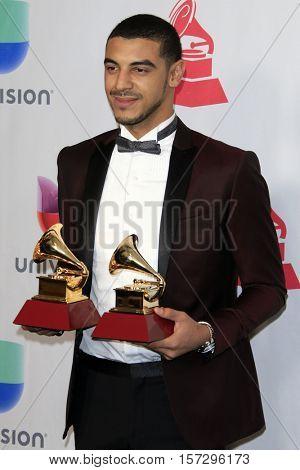 LAS VEGAS - NOV 17:  Manuel Medrano at the 17th Annual Latin Grammy Awards Press Room at T-Mobile Arena on November 17, 2016 in Las Vegas, NV