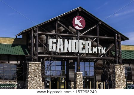 Indianapolis - Circa November 2016: Gander Mountain Retail Strip Mall Location. Gander Mountain is a fully integrated Omni-Channel retailer II