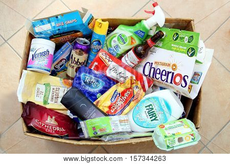 Camberley, Surrey, Uk - Nov 17 2016: Domestic Recycling Box With Waste From Major Uk Brands