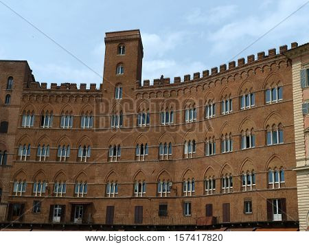 Siena - Piazza del Campo and Palazzo Sansedoni