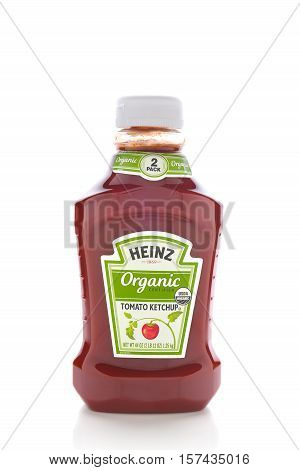 IRVINE CALIFORNIA - NOVEMBER 16 2016: A bottle Heinz Organic Ketchup. With the same taste as their classic ketchup but every tomato is organically grown and USDA certified.