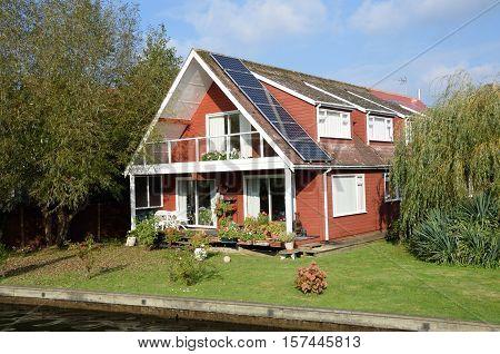 Luxury riverside house on riverside norfolk broads