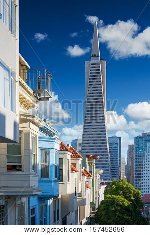 San Francisco downtown. Famous typical buildings in front. California theme.