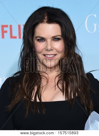 LOS ANGELES - NOV 18:  Lauren Graham arrives to the Netflix's 'Gilmore Girls: A Year In The Life' Premiere on November 18, 2016 in Westwood, CA