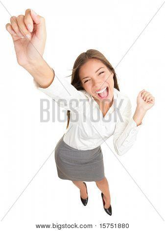 Sucesso. Empresária bem sucedida, torcendo e dançar celebrando vitória. Vista de ângulo alto dinâmico