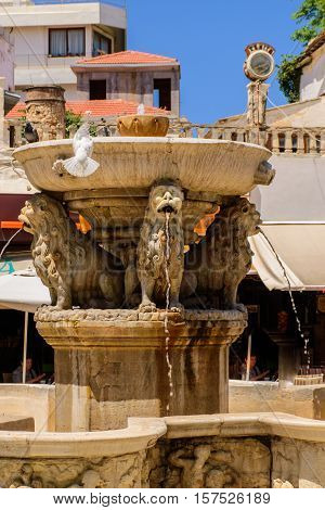 Magnificent antique fountain in the center of Heraklion