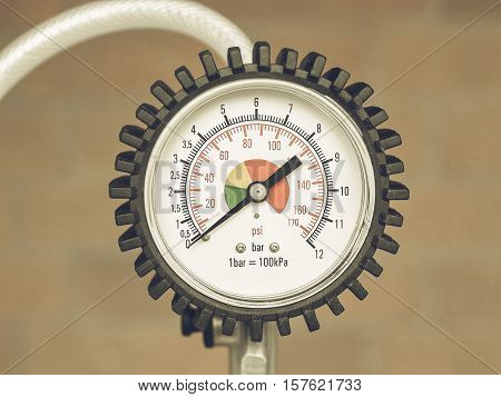 Vintage Looking Manometer Instrument