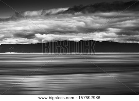 Norway ocean tidal waves with horizon mountain abstraction hd