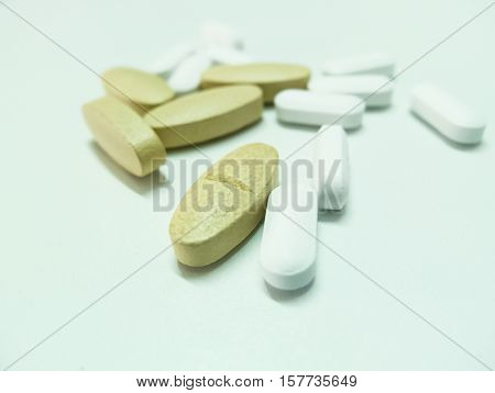 Pills for the treatment flu , large-sized