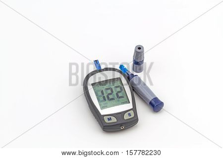 blood glucose meter the blood sugar value is measured on a finger