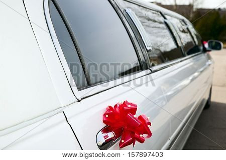 Luxury Old Limousine For The Wedding