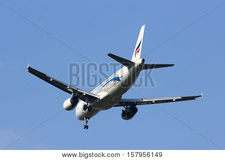 CHIANGMAI , THAILAND- FEBRUARY 19 2014: HS-PPD Airbus A320-200 of Bangkokairway. Landing to Chiangmai airport from Bangkok Suvarnabhumi.