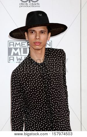 LOS ANGELES - NOV 20:  Spencer Ludwig at the 2016 American Music Awards at Microsoft Theater on November 20, 2016 in Los Angeles, CA