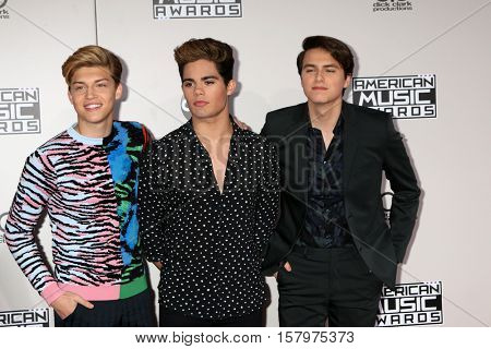 LOS ANGELES - NOV 20:  Emery Kelly, Ricky Garcia, Liam Attridge, Forever in Your Mind at the 2016 American Music Awards at Microsoft Theater on November 20, 2016 in Los Angeles, CA