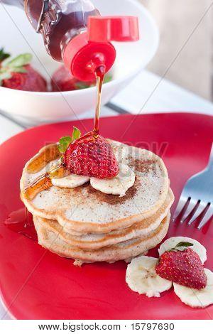 Strawberry banana cinnamon pancakes