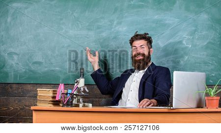 Teacher Bearded Man Tell Interesting Story. Teacher Interesting Interlocutor As Best Friend. Telling