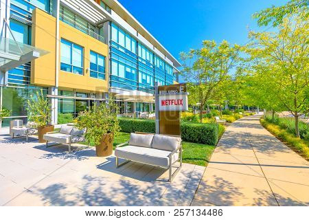 Los Gatos, Ca, United States - August 12, 2018: New Campus Of Netflix Hq Made Of Self-darkening Inte